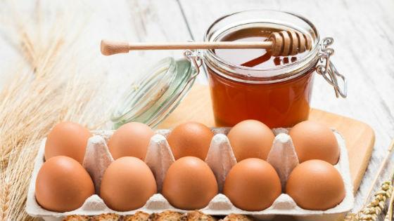 există o erecție cu un ou)