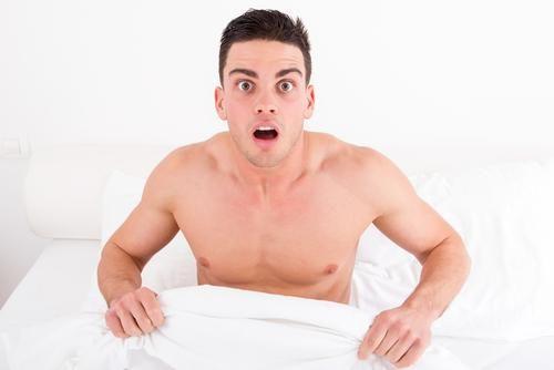 tipul masează penisul