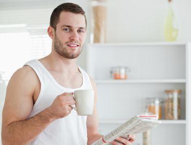 De ce au bărbații erecții dimineața