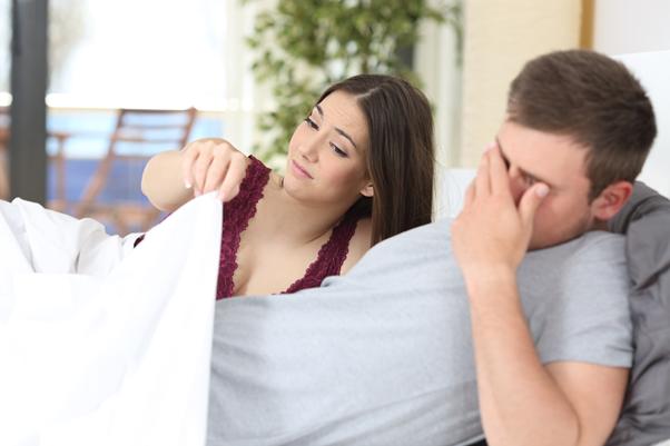 erecția masculină depinde de femeie