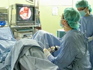 erecție după o intervenție chirurgicală de realocare a sexului)